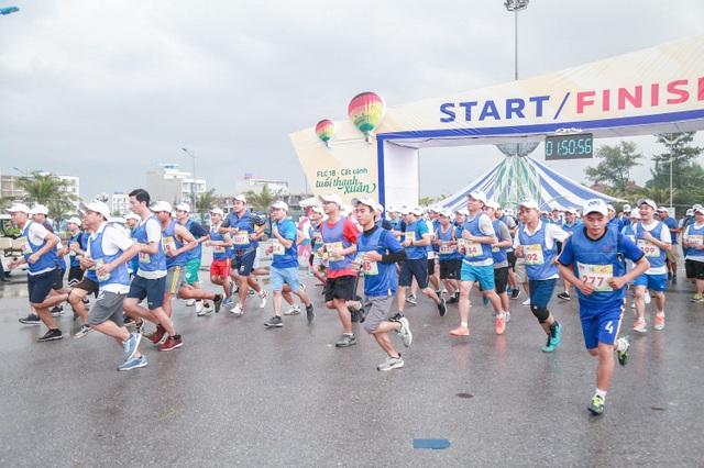 Lan toả tinh thần thể thao không giới hạn từ giải chạy FLC Run 2019 tại phố biển Sầm Sơn - 4