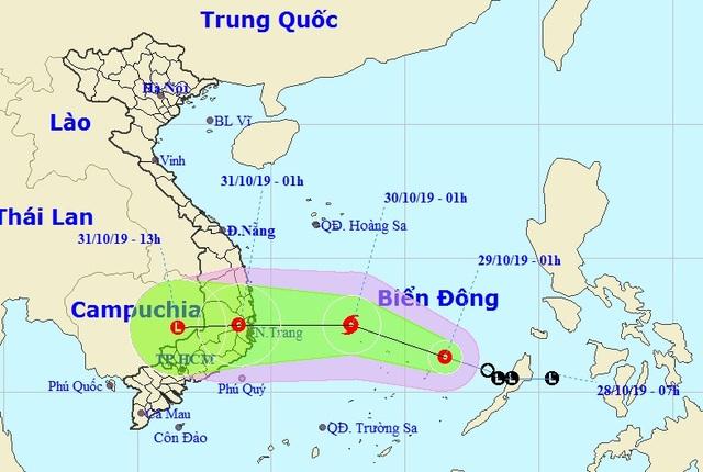 Áp thấp nhiệt đới di chuyển nhanh trên biển, khả năng mạnh thành bão - 1