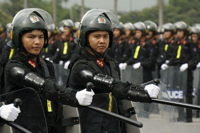 Bộ Công an đề xuất xây dựng Luật Cảnh sát cơ động - 1