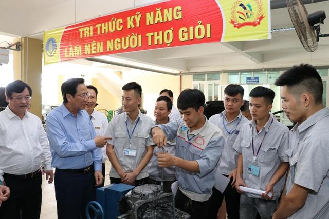 """Bộ trưởng Đào Ngọc Dung: Chỉ còn 400.000 người/năm """"bước vào"""" thị trường lao động - 1"""