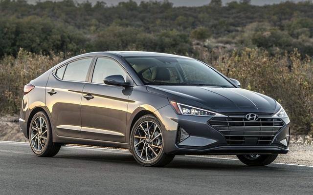 Hyundai Elantra 2020 dính liền hai đợt triệu hồi xe - 1