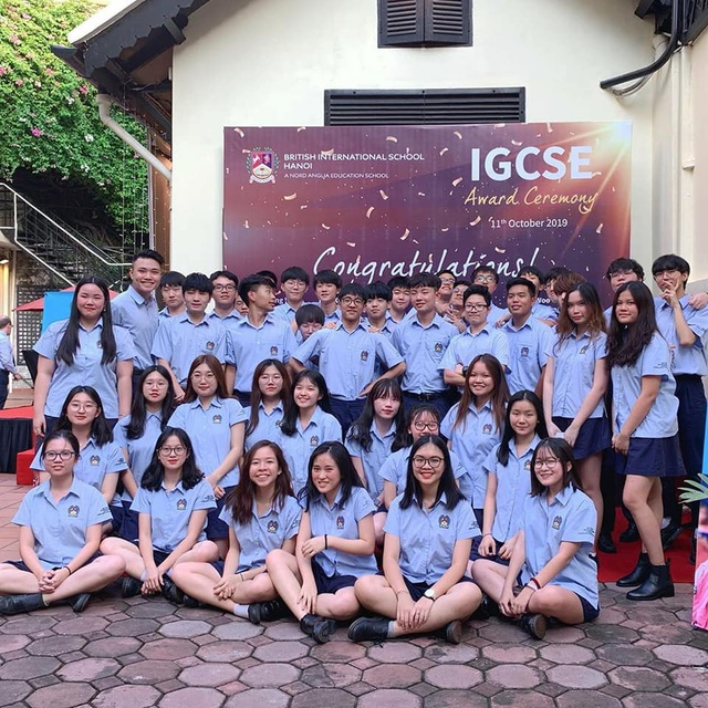 Lễ trao bằng Quốc tế IGCSE của Trường BIS Hà Nội tại Nhà Đại sứ Anh - 1