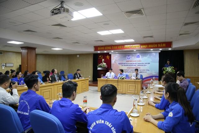 Lần đầu tiên tổ chức ngày hội giao lưu nhà báo và thanh niên Việt Nam - Campuchia - 1