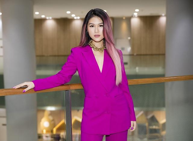 Ngọc Thanh Tâm đưa scandal tình ái ồn ào của Hoa hậu Phương Nga lên phim - 1