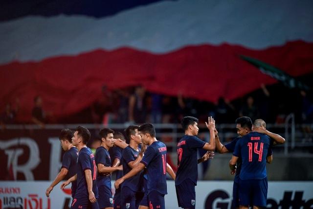 Báo Malaysia khen ngợi tuyển Thái Lan, lo lắng cho đội nhà - 1