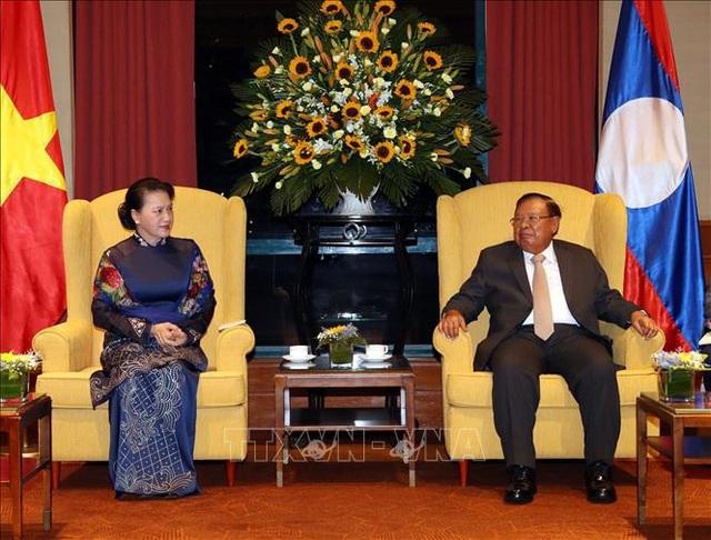 Chủ tịch Quốc hội hội kiến Tổng Bí thư, Chủ tịch nước Lào - 1