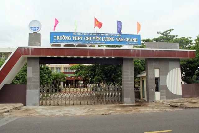 Phú Yên: Cho học sinh toàn tỉnh nghỉ học 2 ngày để tránh bão - 1