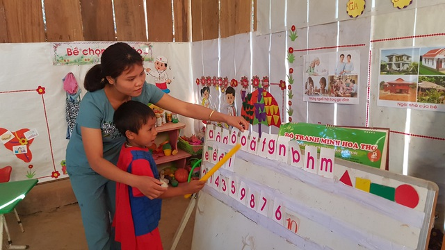 Xót xa cảnh cô trò điểm trường Mầm non sát biên giới Việt - Lào - 5