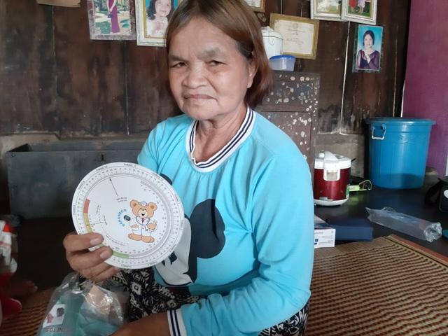 Bà đỡ đẻ hơn 30 năm hành nghề không lấy một đồng tiền công - 3