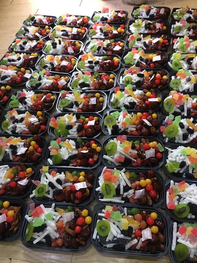 Mứt Tết trái cây bảy sắc cầu vồng, giật mình hàng cao cấp 35 ngàn đồng/kg - 1