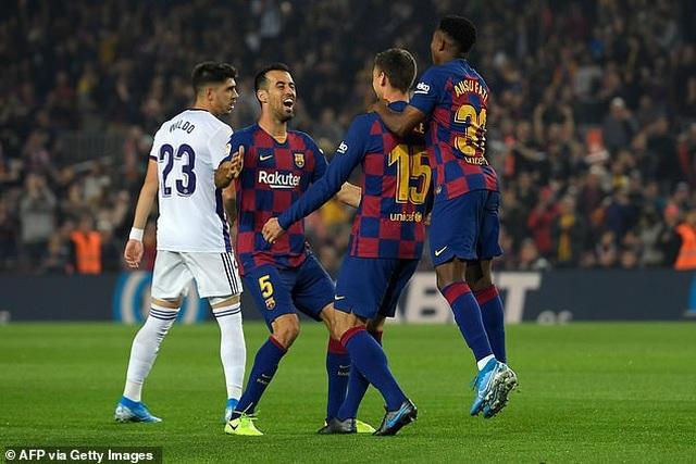 """Messi rực sáng, Barcelona đại thắng """"5 sao"""" và trở lại ngôi đầu La Liga - 2"""