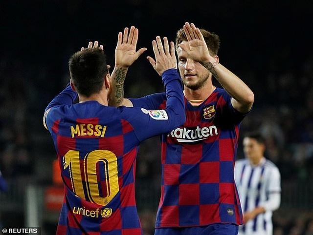 """Messi rực sáng, Barcelona đại thắng """"5 sao"""" và trở lại ngôi đầu La Liga - 12"""