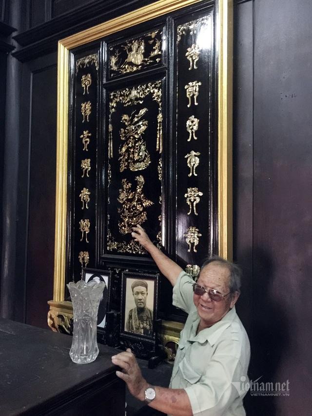 Ngôi nhà toàn gỗ quý của ông chủ giàu có ở Bình Dương - 4