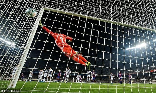 """Messi rực sáng, Barcelona đại thắng """"5 sao"""" và trở lại ngôi đầu La Liga - 8"""