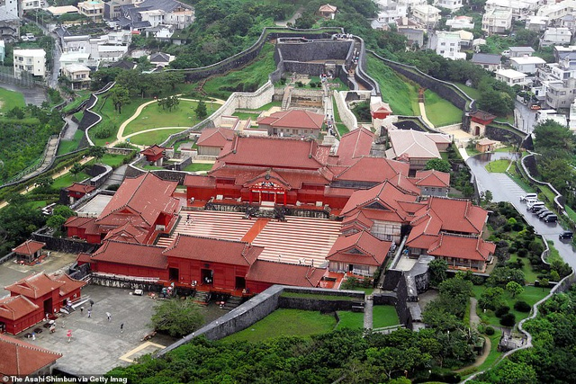 Hỏa hoạn kinh hoàng nhấn chìm lâu đài di sản 600 tuổi ở Nhật Bản - 6