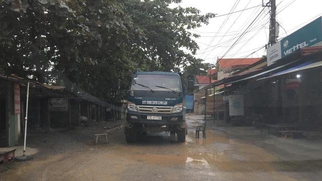 Dân ngao ngán vì tái diễn cảnh đường biến thành ao tại Quảng Bình! - 4