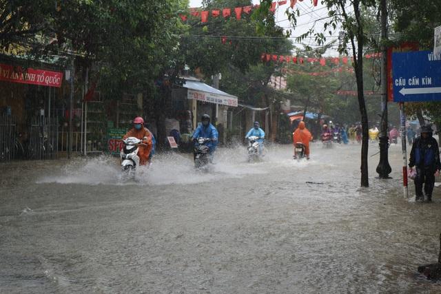 Học sinh Quảng Nam được nghỉ học do mưa to