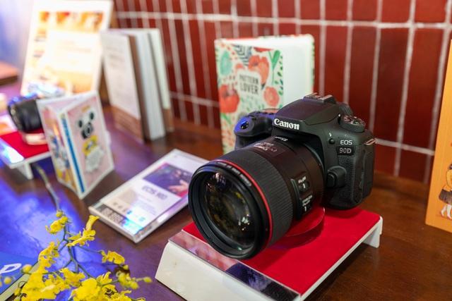 Bộ đôi máy ảnh EOS 90D và EOS M6 Mark II ra mắt thị trường Việt Nam - 1