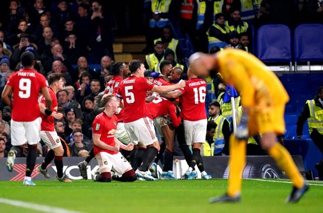 Những khoảnh khắc Rashford tỏa sáng giúp Man Utd nhấn chìm Chelsea - 19