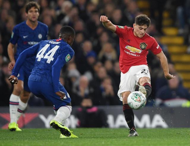 Những khoảnh khắc Rashford tỏa sáng giúp Man Utd nhấn chìm Chelsea - 10