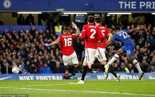 Những khoảnh khắc Rashford tỏa sáng giúp Man Utd nhấn chìm Chelsea - 12