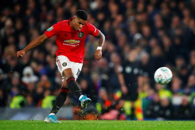 Chelsea 1-2 Man Utd: Người hùng Rashford - 1