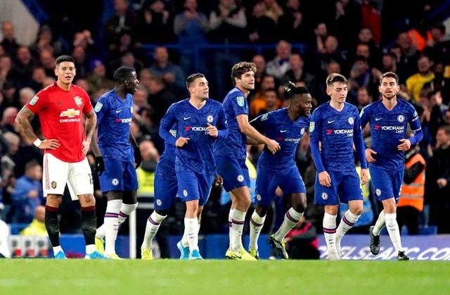 Chelsea 1-2 Man Utd: Người hùng Rashford - 2