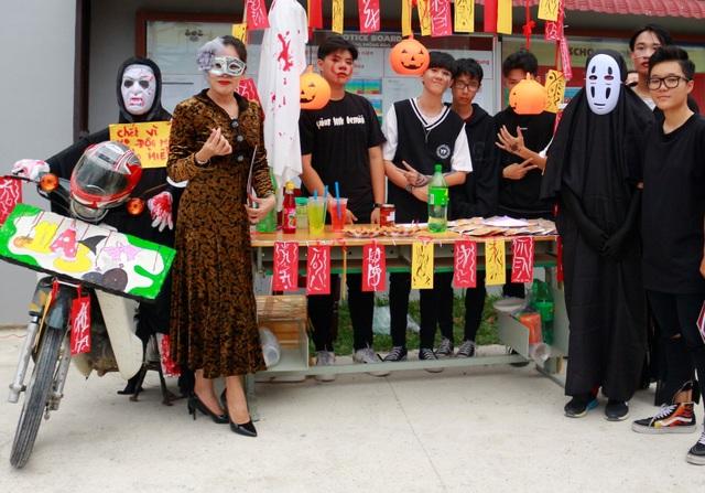 Hơn 5.000 bạn trẻ Ninh Thuận phấn khích trong lễ hội Halloween - 8