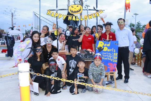 Hơn 5.000 bạn trẻ Ninh Thuận phấn khích trong lễ hội Halloween - 1