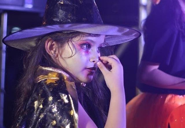 Hơn 5.000 bạn trẻ Ninh Thuận phấn khích trong lễ hội Halloween - 5