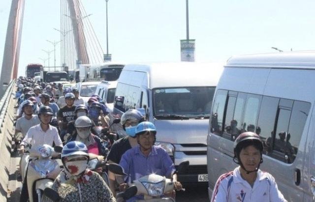 Đà Nẵng tính thu phí phương tiện vào nội đô: Nhiều ý kiến phản đối - 1