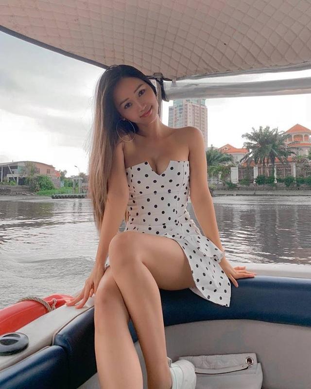 Cô gái Việt nổi tiếng ở Mỹ vì nóng bỏng, thành tích học tập cũng đáng nể - 4