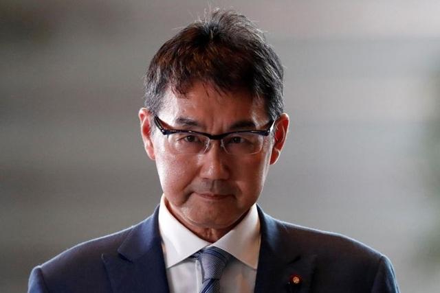 Bộ trưởng thứ hai từ chức trong một tuần, Thủ tướng Nhật Bản xin lỗi dân - 1