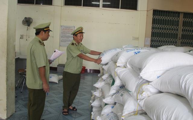 Phú Yên: Tạm giữ 30 tấn đường không rõ nguồn gốc xuất xứ - 2