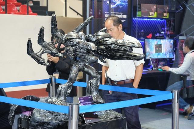 Laptop 2 màn hình, gaming phone, và loạt đồ chơi công nghệ tại Asus Expo 2019 - 14
