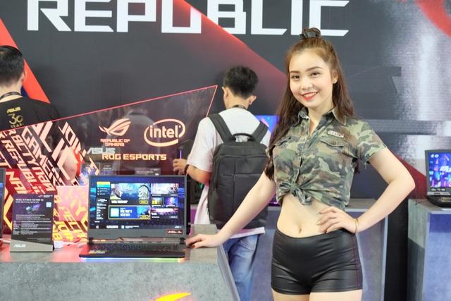 Laptop 2 màn hình, gaming phone, và loạt đồ chơi công nghệ tại Asus Expo 2019 - 12