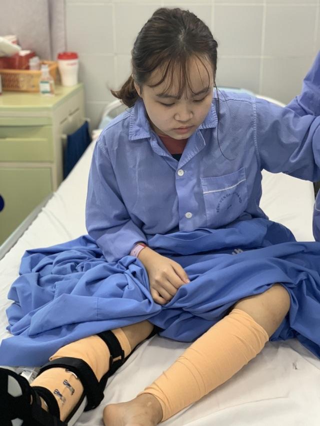 Xót xa cảnh nữ sinh trải qua 7 lần phẫu thuật, cô gái sợ hãi đến run người! - 2