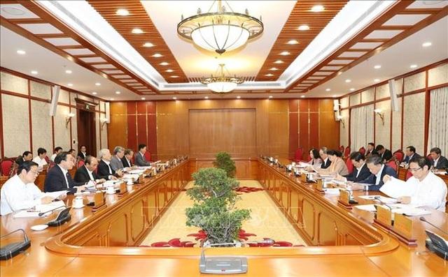 Tổng Bí thư chủ trì họp Bộ Chính trị sửa quy định về Ban Chỉ đạo phòng chống tham nhũng - 1