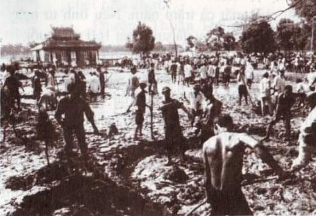 Nhìn lại hình ảnh trận lũ kinh hoàng năm 1999 cướp sinh mạng 352 người - 21
