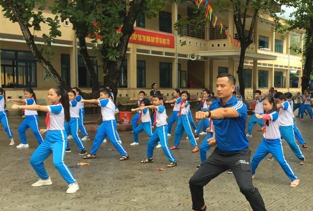 Quảng Ngãi: Học sinh hứng thú với giờ học võ cổ truyền - 1