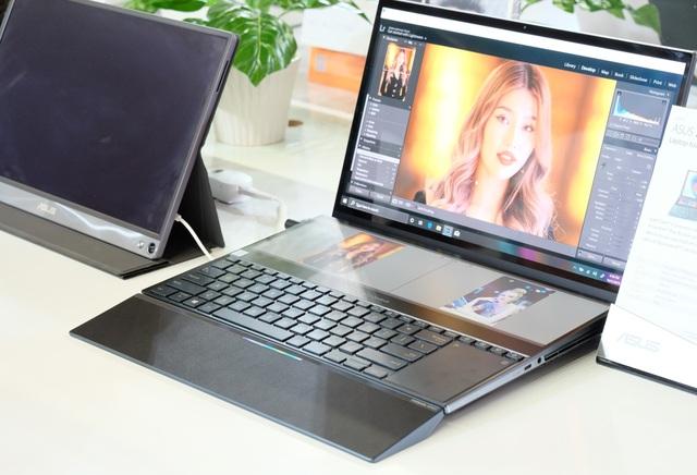 Laptop 2 màn hình, gaming phone, và loạt đồ chơi công nghệ tại Asus Expo 2019 - 1