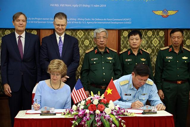Việt Nam - Hoa Kỳ thúc đẩy các hoạt động hợp tác khắc phục hậu quả sau chiến tranh - 3