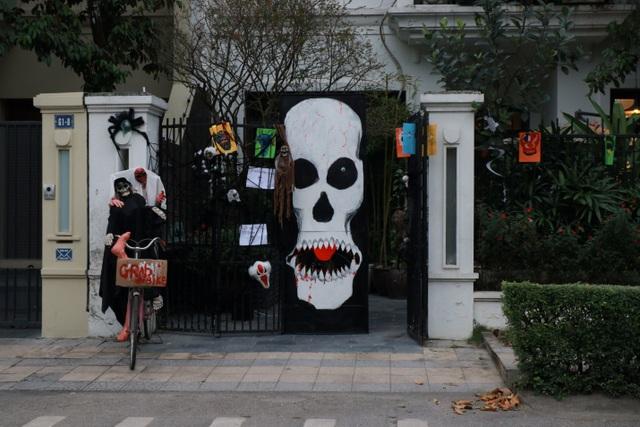 Lạc bước vào Halloween ma mị cùng Ciputra Hanoi - 2