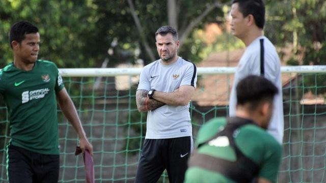 Huấn luyện viên McMenemy của đội tuyển Indonesia quyết không từ chức - Ảnh minh hoạ 3