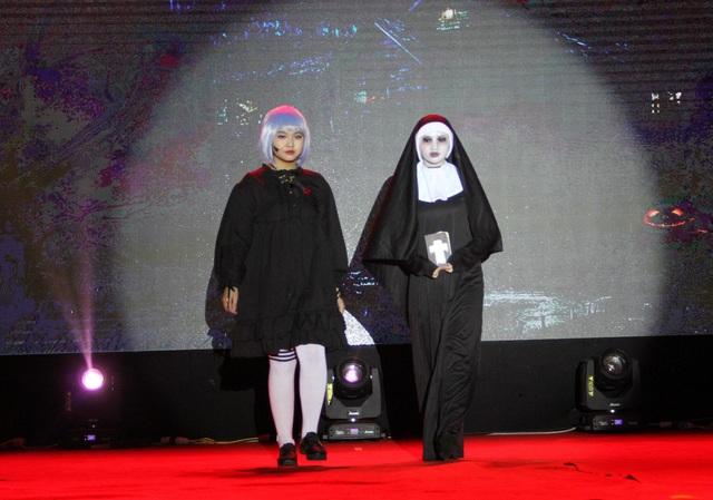 Hóa trang Halloween ấn tượng của học sinh thành Vinh trong lễ hội tiếng Anh - 7