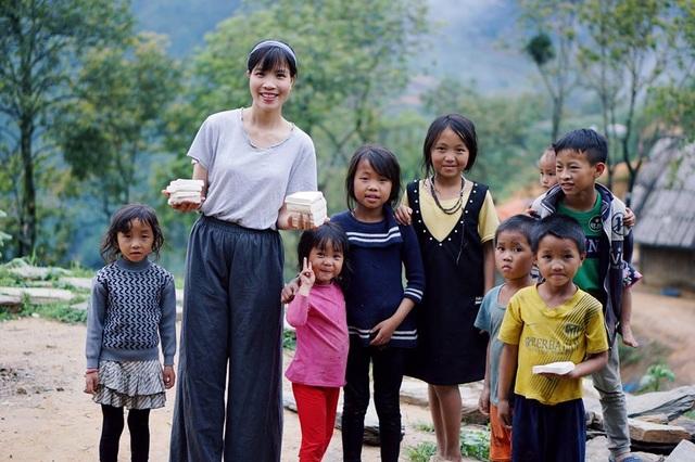 """Cận cảnh cuộc sống đẹp như mơ của cô gái được ví là """"tiên nữ đồng quê"""" của Việt Nam - 6"""
