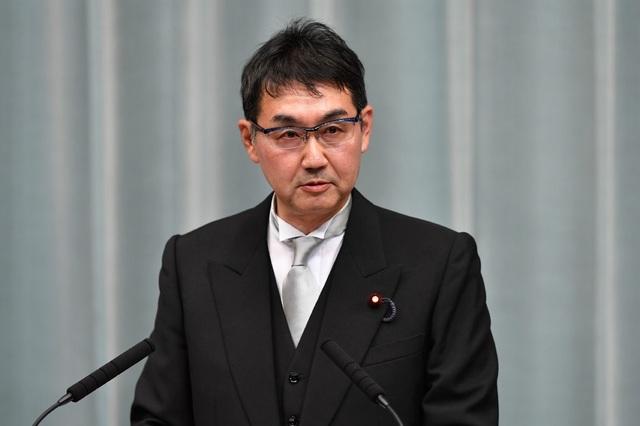 Tranh cãi chuyện trái dưa, con cua khiến hai bộ trưởng Nhật Bản mất chức - 3