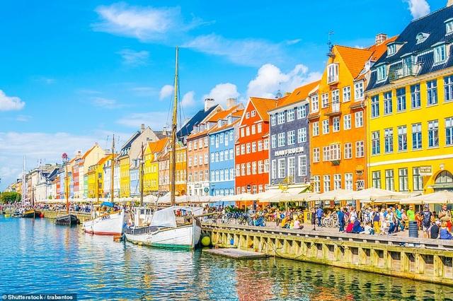 Những thành phố quyến rũ du khách bởi màu sắc độc đáo - 7