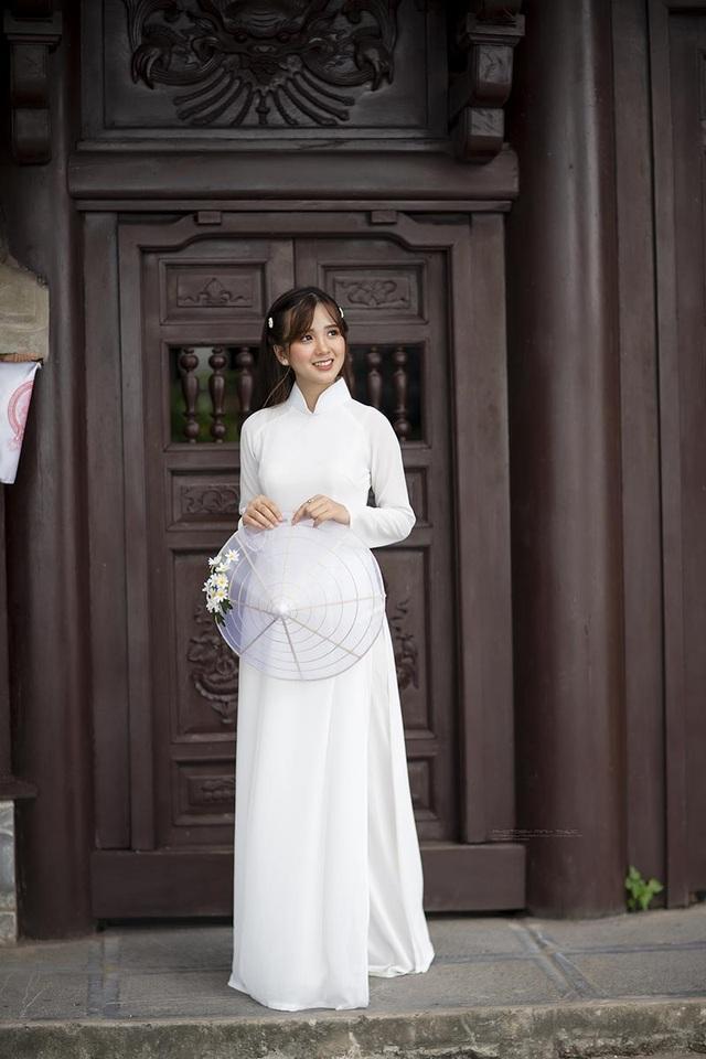 Thiếu nữ Phú Thọ đẹp như sương mai trong trang phục áo dài - 3