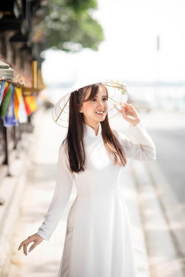 Thiếu nữ Phú Thọ đẹp như sương mai trong trang phục áo dài - 5